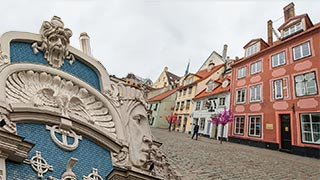 Riga Old Town and Art Nouveau Walking Tour
